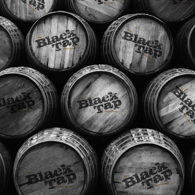 BT-beer-barrels-b-w-v2-1701x2268